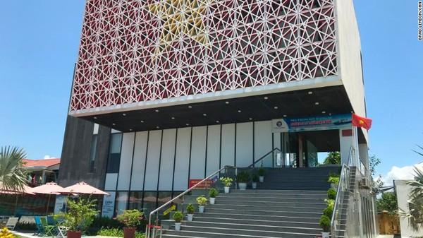 Vietnam telah membangun Museum Kepulauan Paracel di Da Nang. Museum ini terdapat ruang pameran, dokumen, peta dan foto yang dikurasi untuk menekankan bahwa pulau itu milik Vietnam.