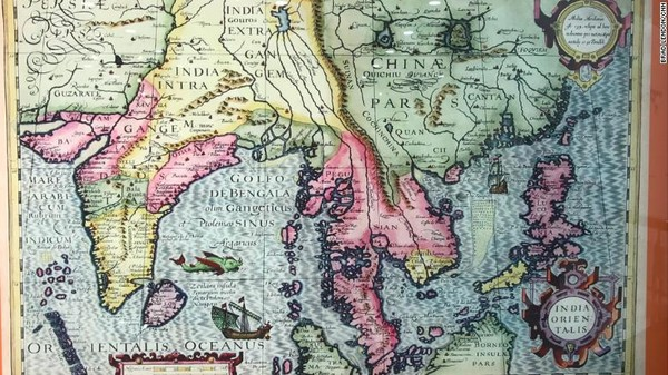 China mengklaim pelayarannya sudah lebih dari 2.000 tahun lalu. China adalah negara pertama yang menemukan, menamai, mengeksplorasi, dan mengeksploitasi sumber daya Kepulauan Laut Cina Selatan dan yang pertama secara terus-menerus menggunakan kekuatan berdaulat atas mereka.