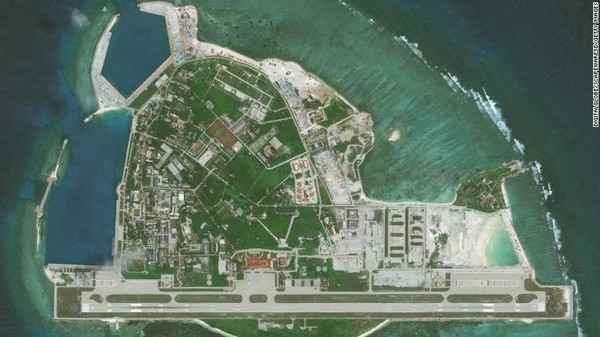 Sejak mengusir pasukan terakhir Vietnam dari Paracel pada tahun 1974, China terus memperkuat klaimnya terhadap pulau-pulau itu. Mereka menempatkan garnisun militer dan membangun lapangan terbang dan pelabuhan buatan di Pulau Woody.
