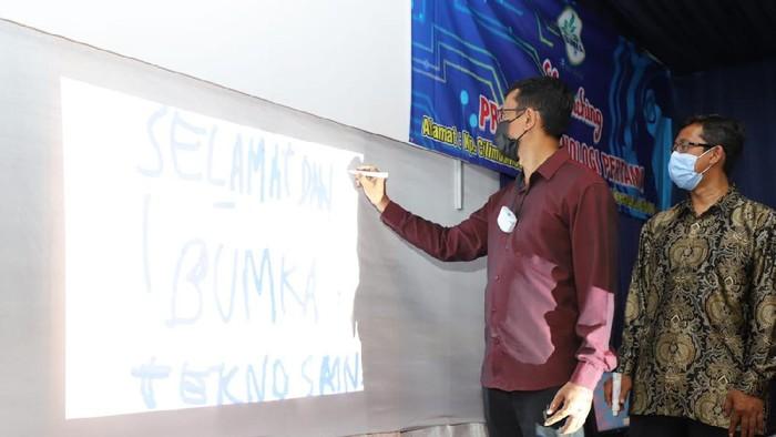 Peresmian Kampung Internet di Garut