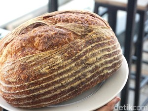 Mencicipi 3 Roti Sourdough Rumahan, Mana yang Paling Enak?
