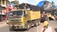 Truk itu dilaporkan meninggalkan kota Nashik, Maharashtra, pada Juli 2019, melewati 4 negara bagian lain, dan tiba di Kerala setelah memakan waktu perjalanan hampir satu tahun. Foto: Motoroids