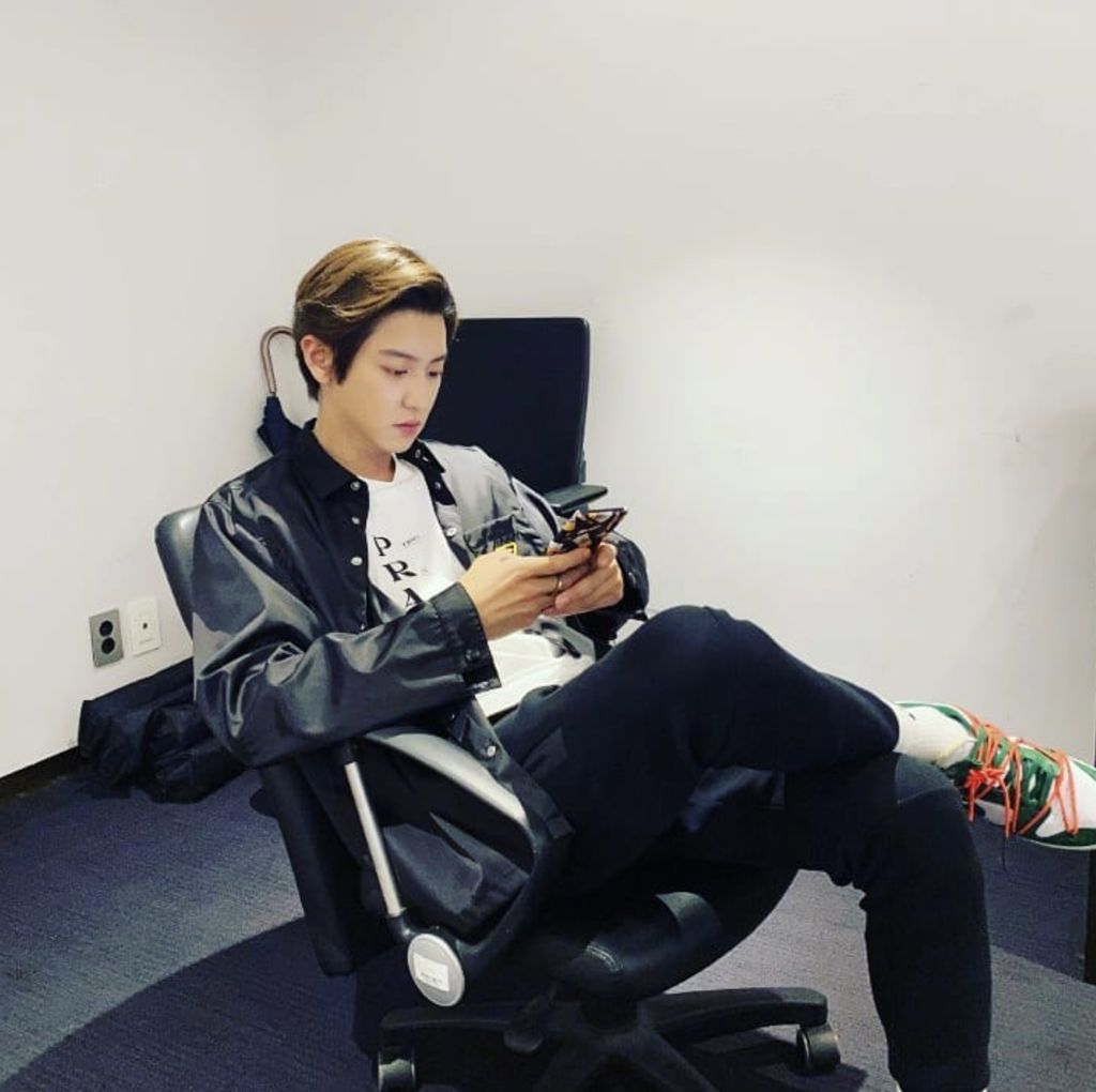 Chanyeol (EXO) (Instagram Real_PCY)