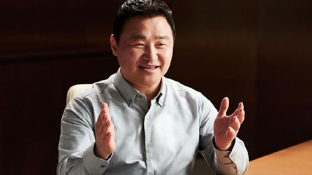 Dr. TM Roh, President & Head of Mobile Communications Business, Samsung Electronics
