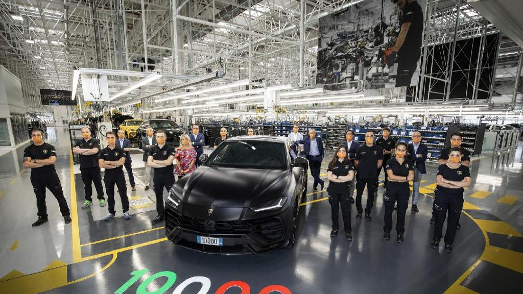 Populasi Lamborghini Urus Capai 10 Ribu Unit Dalam Dua Tahun