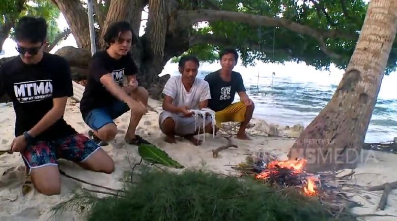 Makan dan Masak Cumi di Pulau Cina, Kepulauan Seribu