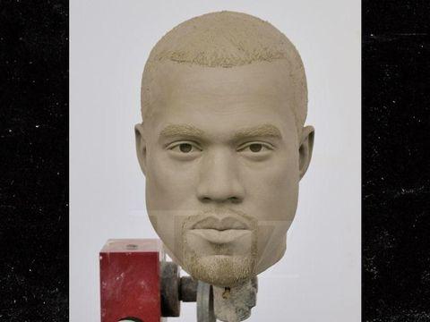 Patung Kanye West