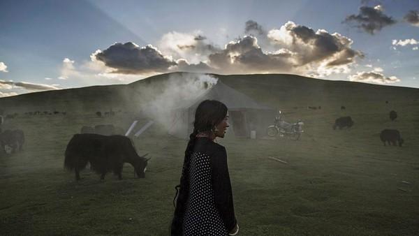 Warga Tibet sudah terbiasa dengan hawa dingin, adaptasi yang dilakukan oleh penduduk asli Tibet cukup ekstrim. Kevin Frayer/Getty Images
