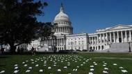 Banyak Perawat Kena Corona, 164 Pasang Sepatu Disebar di Halaman Parlemen AS