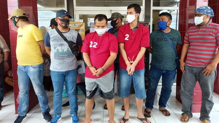 2 tersangka kasus dugaan pembunuhan Rio di Palembang (Raja Adil-detikcom)