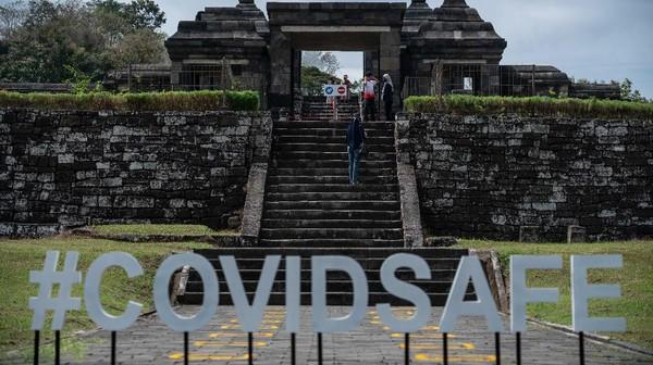 Pandemi COVID-19 sangat berdampak pada sektor pariwisata di Indonesia, tak terkecuali Yogyakarta. Kunjungan wisatawan domestik maupun mancanegara ke kota gudeg tersebut menurun drastis bahkan sampai menyentuh angka nol.