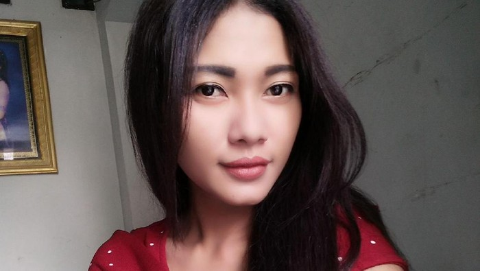 Dewi Rosalia Indah, perempuan yang siap dinikahi pembeli tanah di Kudus, Rabu (22/7/2020).
