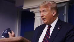 Seorang Tak Dikenal DItembak di Gedung Putih Saat Trump Jumpa Pers