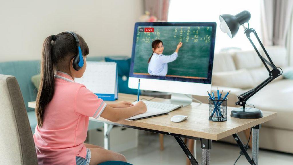 Pengamat Pendidikan Sebut Kuota Belajar Bukan Solusi untuk Siswa