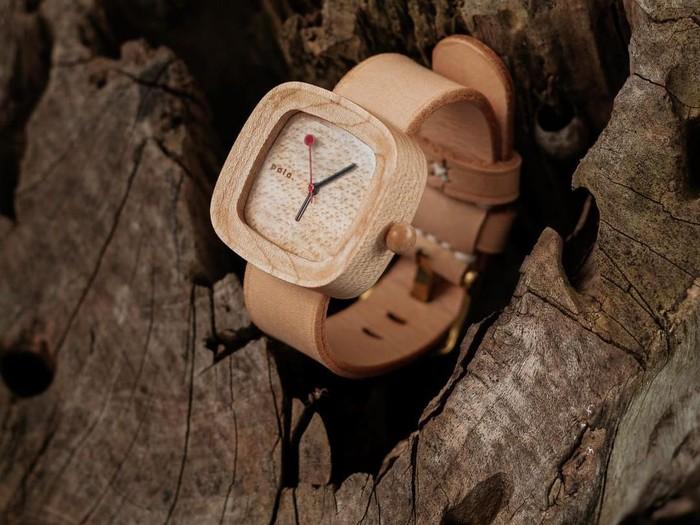 jam tangan jamur