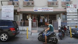 Krisis ekonomi di Lebanon berdampak pada sektor kesehatan di negara itu. Upaya atasi COVID-19 kian sulit di tengah keterbatasan akibat krisis ekonomi tersebut.