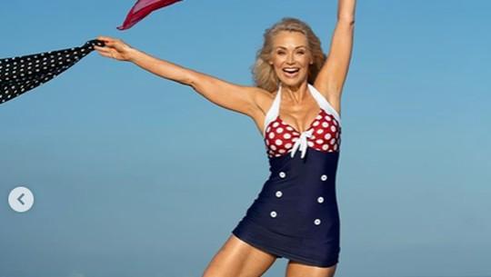 Kathy Jacobs, Model Bikini Seksi di Usia 56 Tahun