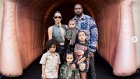Kim Kardashian Ngaku Kecewa Berat karena Kanye West Tidak Minum Obat