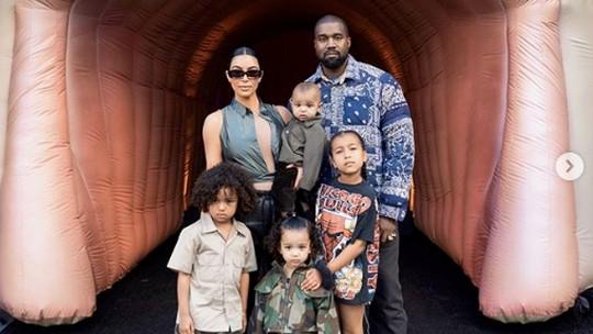 Kanye West Niat Cerai dari Kim Kardashian, Lihat Lagi Kebersamaannya!