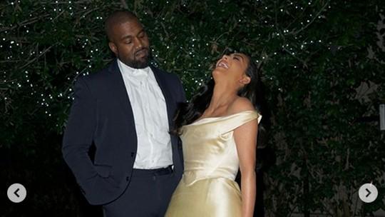 Kim Kardashian Ingin Ceraikan Kanye West Meski Tersiksa