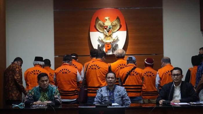 KPK menahan 11 eks anggota DPRD Sumut yang merupakan tersangka kasus suap mantan Gubernur Sumut Gatot Pujo Nugroho, Rabu (22/7/2020).