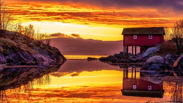 Norwegia punya Midnight Sun di 12 wilayahnya. (Getty Images/iStockphoto)
