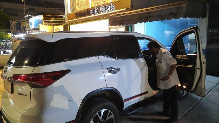 Mobil Pengusaha Dibobol di Kemang, Duit Rp 200 Juta-Pulpen Emas Juga Raib