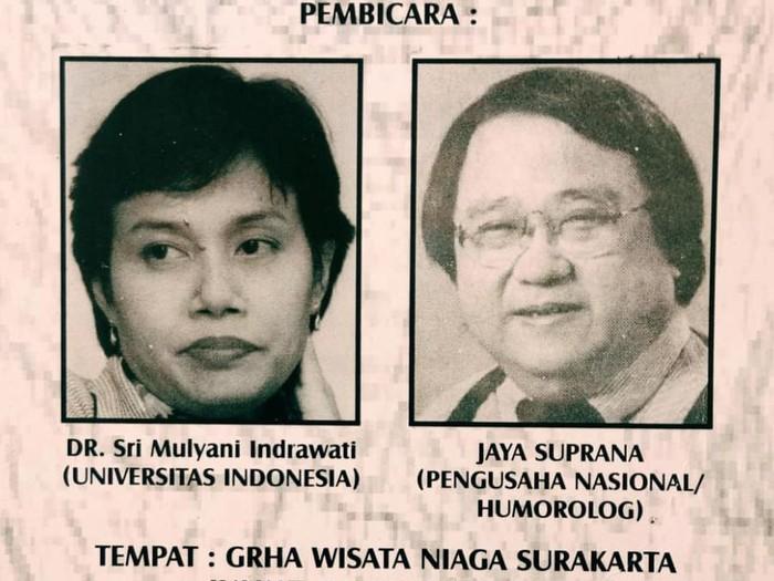 Foto jadul Presiden Joko Widodo (Jokowi) dan Sri Mulyani Indrawati viral. Dalam foto itu, Jokowi dan Sri Mulyani dipertemukan dalam sebuah acara seminar.