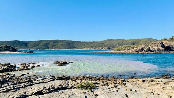 pulau yang berjarak sekitar 14 Km dari Yeppon di Queensland itu disebut tengah viral setelah namanya muncul di situs jual beli Sojourn Properties (Pumpkin Island/Facebook)
