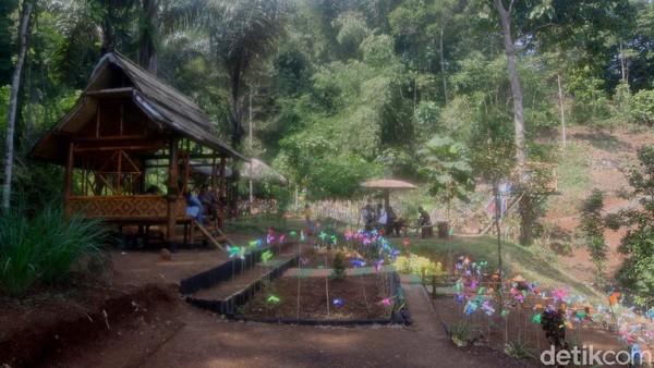 Konsep ini pun datang dari masyarakat yang ikut mewujudkan lahan hutan yang menakutkan jadi lahan hutan indah dan cantik (Muhamad Rizal/detikcom)