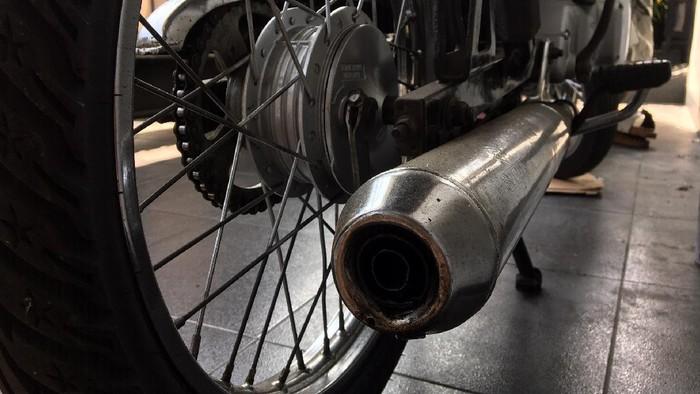 Ilustrasi knalpot motor bising