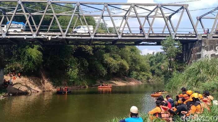 jembatan di madiun