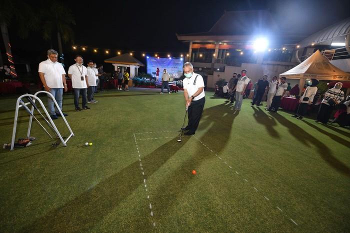 Ratusan karyawan Industri di sekitar Karawang didorong untuk memiliki rumah sendiri. Hal itu disampaikan dalam acara Business Gathering, di Kawasan Industri Karawang, Jawa Barat.