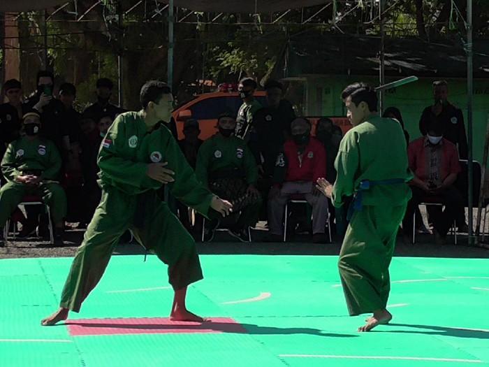 Kompetisi pencak silat di Makodim 1402/Polmas, Polman, Sulbar