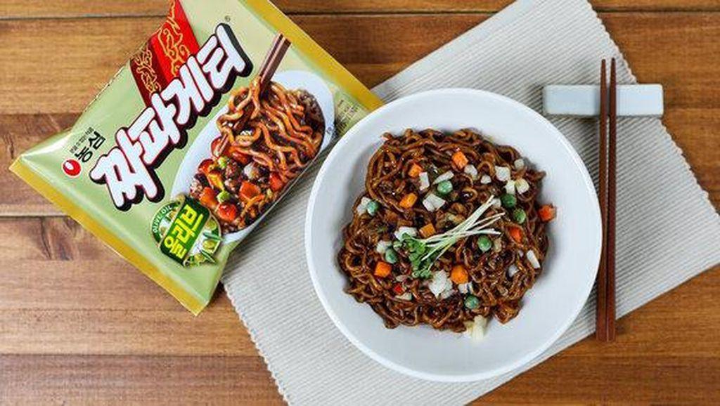 Jjapaghetti hingga Stik Pisang, 5 Makanan yang Populer karena Dunia Hiburan Korea