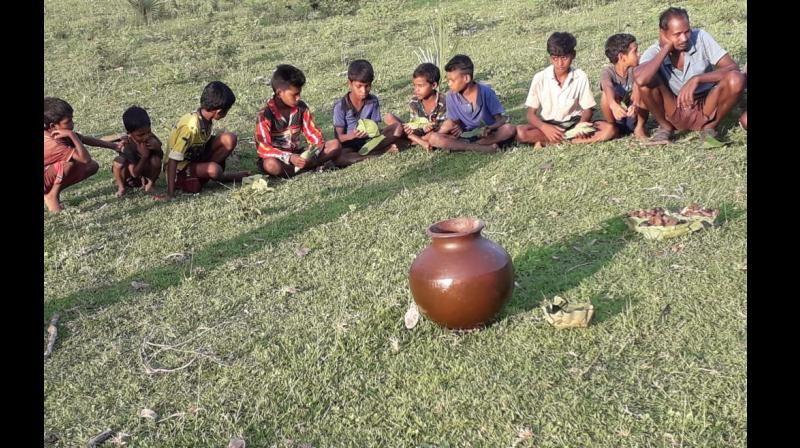Anak-anak di India Diberi Minum Alkohol