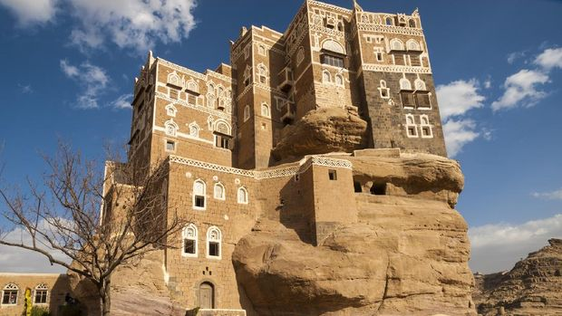 Rock palace Dar Al Hajar at the Wadi Dhahr Valley, some 15 km away from the capita city of Sana is Dar al-Hajar, better known as the Imam's Rock Palace. It is an iconic symbol of Yemen.