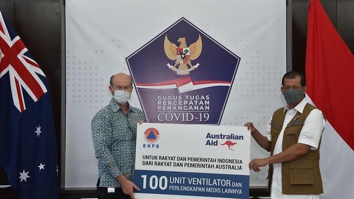 Duta Besar Quinlan dan Ketua Satgas COVID-19 Doni Monardo (Dok. Kedutaan Australia)