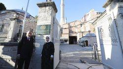 Yunani Sebut Hagia Sophia Jadi Masjid adalah Bukti Kelemahan, Turki Geram