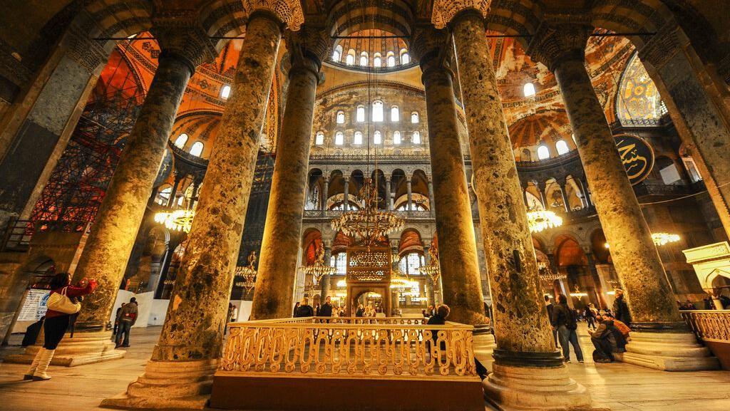 Turki Geram dengan Yunani Soal Hagia Sophia, Corona Muncul Lagi di Vietnam