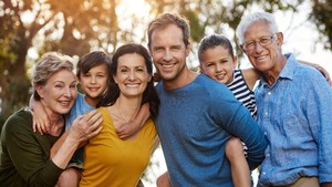 6 Tips Buat Generasi Sandwich yang Tanggung Beban Keuangan Orangtua