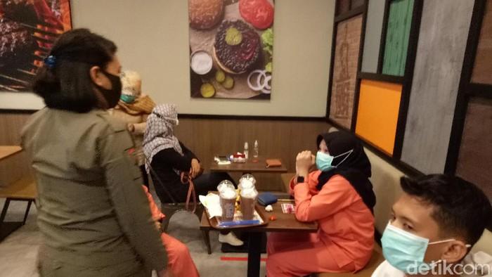 Tak Berizin-Langgar Protokol COVID, Burger King di Makassar Ditutup