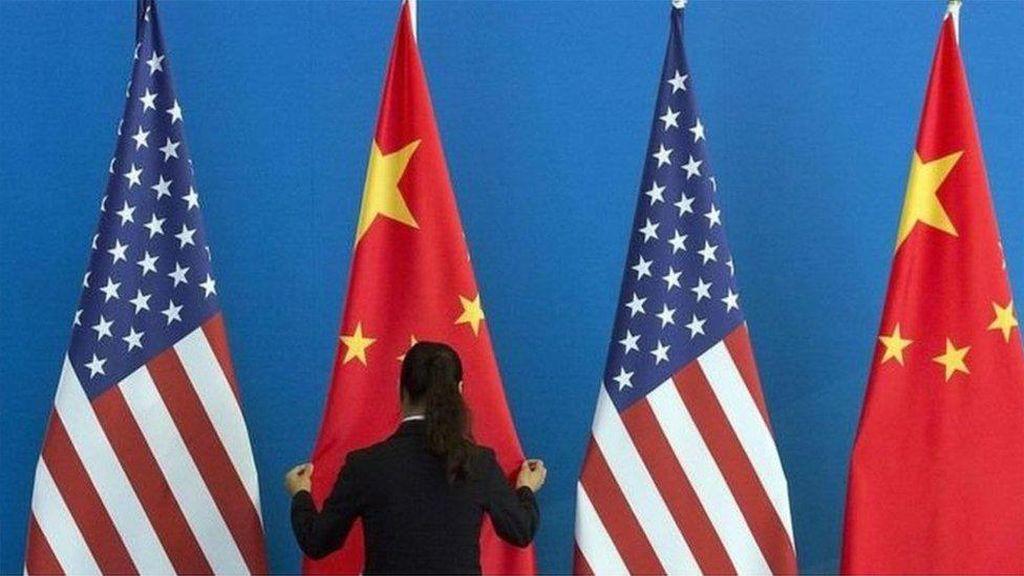AS Blacklist Pemimpin Hong Kong dan Pejabat Lain, China Geram