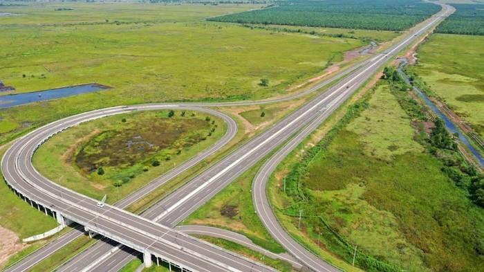 Tol Indralaya-Palembang 22 kilometer dibangun di atas rawa. Ini lho penampakan tol yang merupakan salah satu ruas Tol Trans Sumatera ini.
