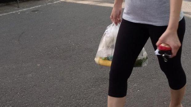 Kantong Plastik masih digunakan di Pasar Cempaka Putih