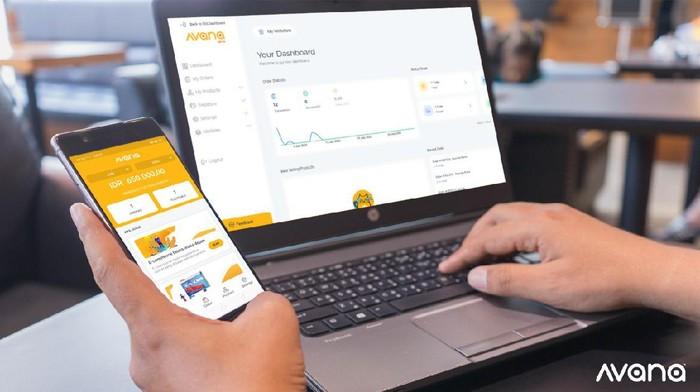 Media sosial tak hanya sebagai saluran pemasaran secara online, tetapi juga memungkinkan sebagai alat transaksi untuk mendatangkan cuan bagi pelaku UMKM.