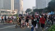 Bundaran HI Dipadati Pesepeda dan Warga yang Joging Meski Tak Ada CFD