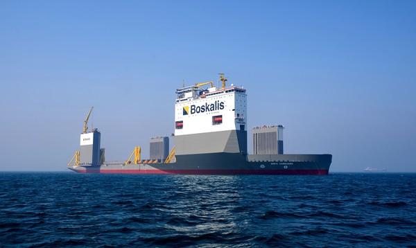 Kapal pesiar tak luput dari kerusakan dan kadang memerlukan tumpangan atau ojek. Nah, yang bisa mengangkut armada super besar itu hanya BOKA Vanguard dan adik-adiknya.