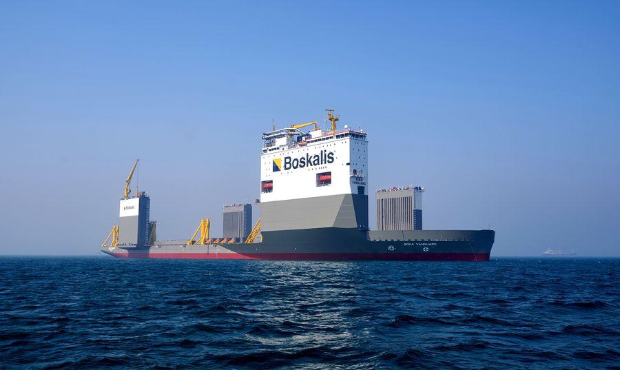 Kapal angkut BOKA Vanguard