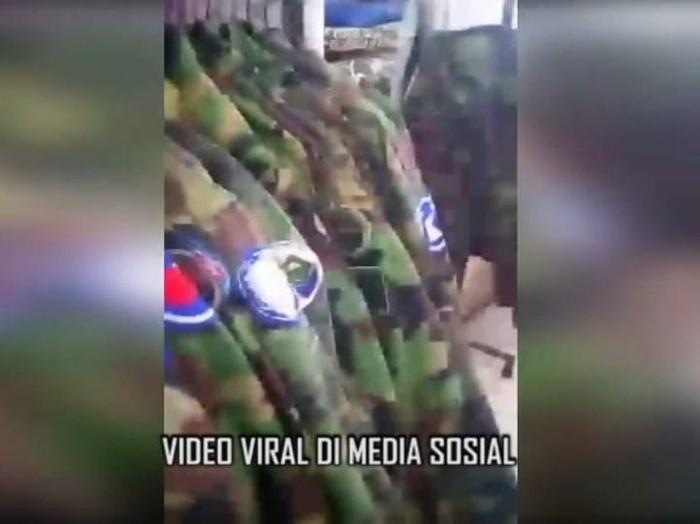 Tangkapan layar viral tentara China ngelandry di Kelapa Gading